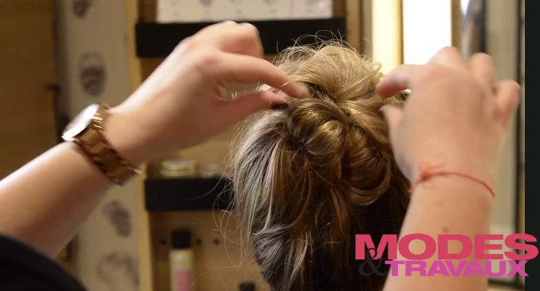 Cheveux : Chignon express pour filles pressées !