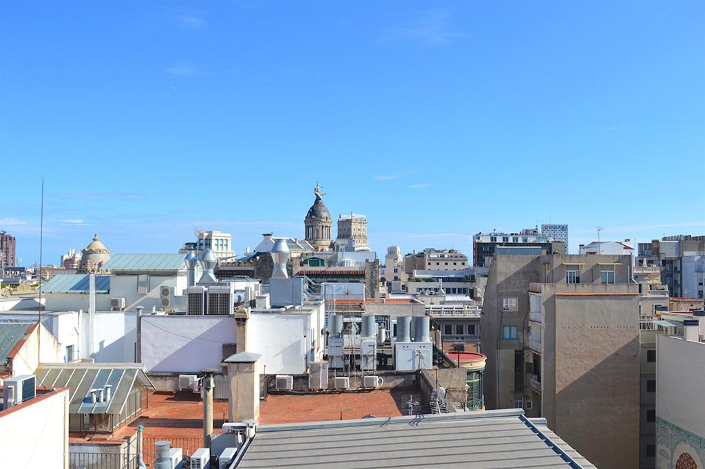 vue de la casa batllo a barcelone