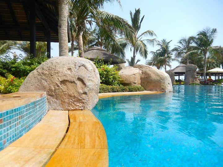 piscine hotel sofitel subai