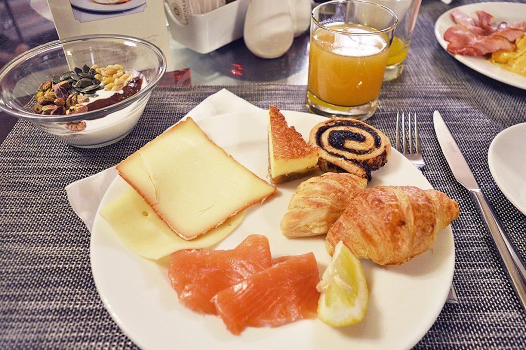 petit déjeuner sucré salé au boscolo autograph collection de budapest en hongrie